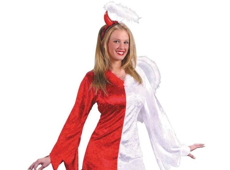Девушки-ангелочки часто в душе дьяволицы